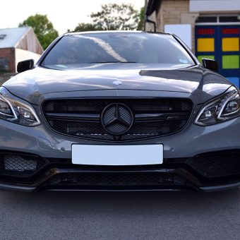 Mercedes E63 AMG Front