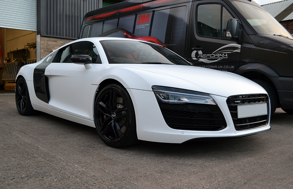 Satin White Wrap For Audi R8 Reforma Uk