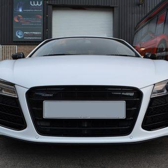 Audi R8 Satin White Front