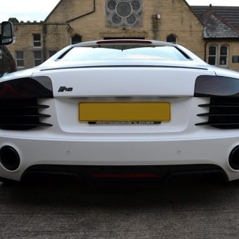 Audi R8 Satin White Rear
