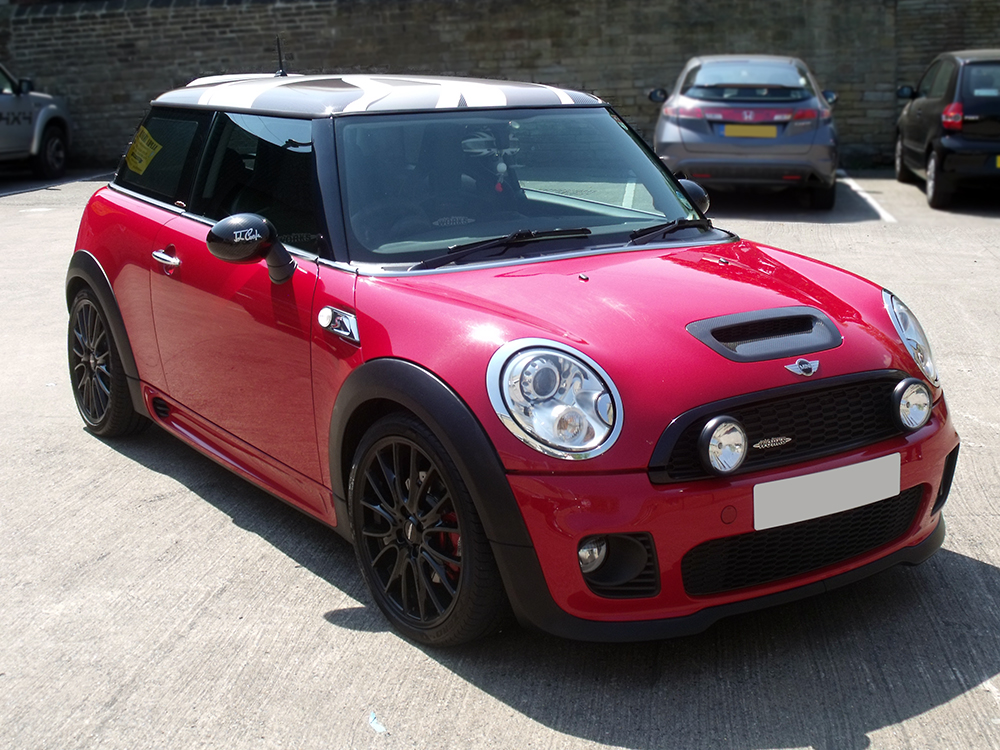 Mini Cooper Works Roof Wrap Front