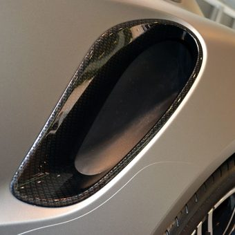 Porsche 911 Carbon Scoop