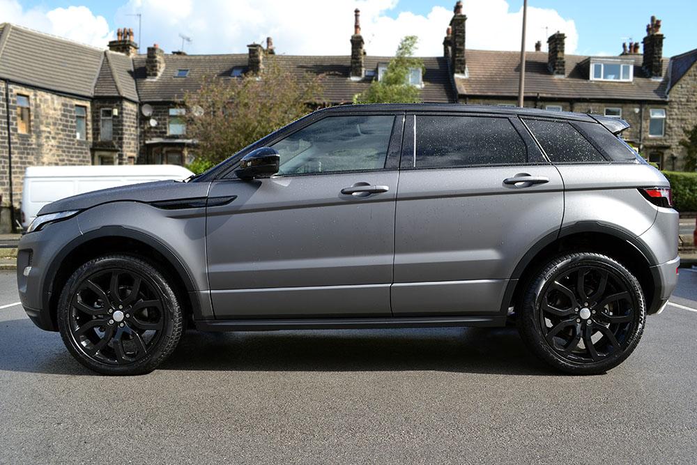 Matte Grey Metallic Range Rover Evoque Reforma Uk
