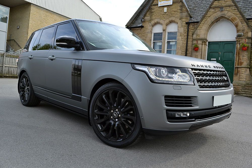 Range Rover Vogue Matte Grey Metallic Reforma Uk