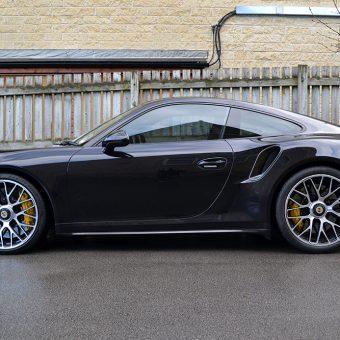 Porsche 911 Turbo S Side