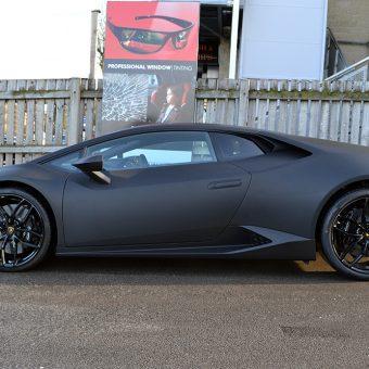 Lamborghini Huracan Matte Black Side