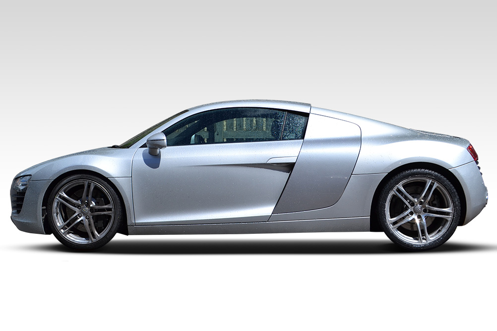 Before-Audi R8 Carbon Features