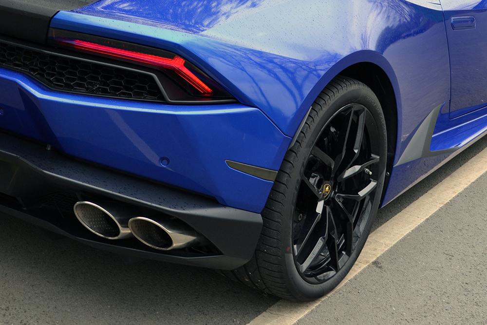 lamborghini huracan 3m cosmic blue light tints - Lamborghini Huracan Blue