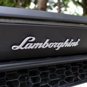 Lamborghini Huracan Matte Black Roof Badge