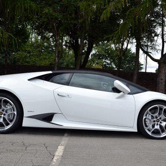 Lamborghini Huracan Matte Black Roof Side