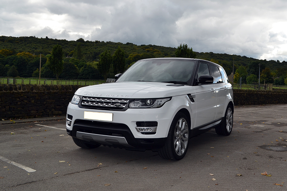 Range Rover Vogue Gloss White