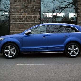Audi Q7 Wrapped Blue Side