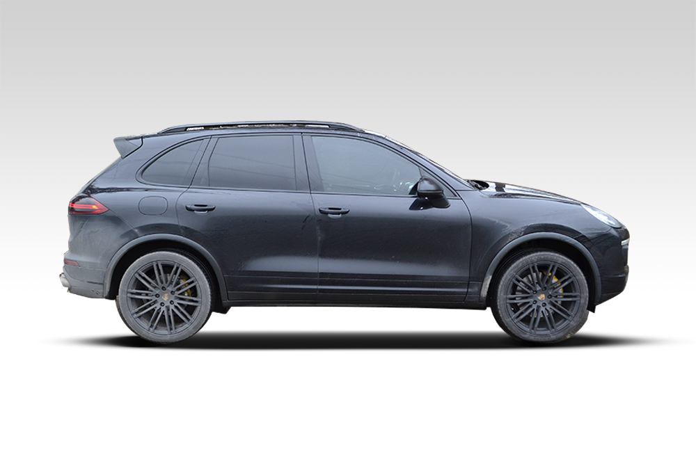 Before-Porsche Cayenne Matte Black