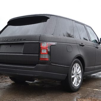 Range- Rover Vogue Rear Angled