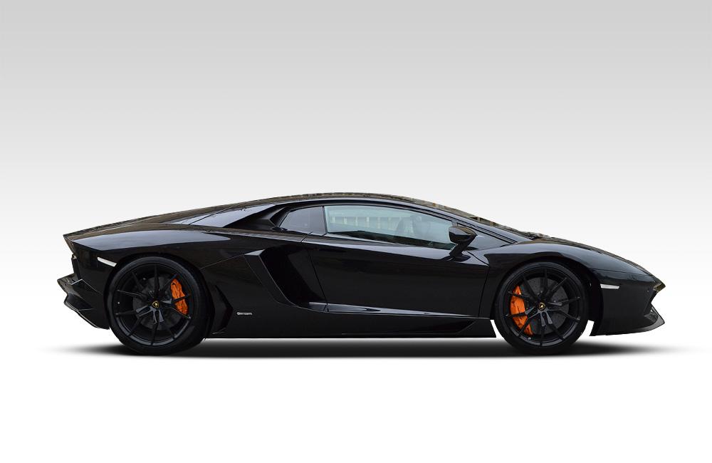 Before-Lamborghini Aventador Satin Black Wrap