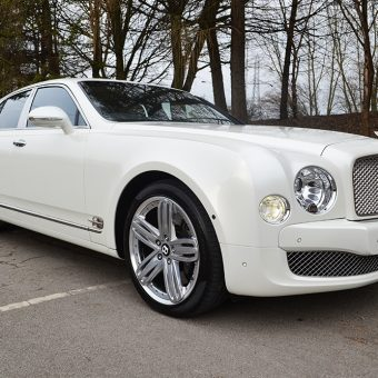 Bentley Mulsanne Pearl White Wrap Front