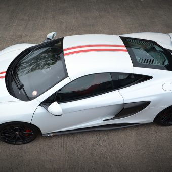 McLaren 675LT Stripe Side Above