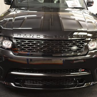 Range Rover Sport SVR Satin Black Before Wrap Front