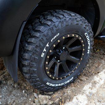 ford raptor ss pro discoverer tyres