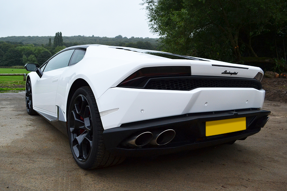 Lamborghini Huracan Black And White Contrast Wrap Reforma Uk