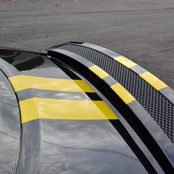 audi r8 spoiler yellow stripes