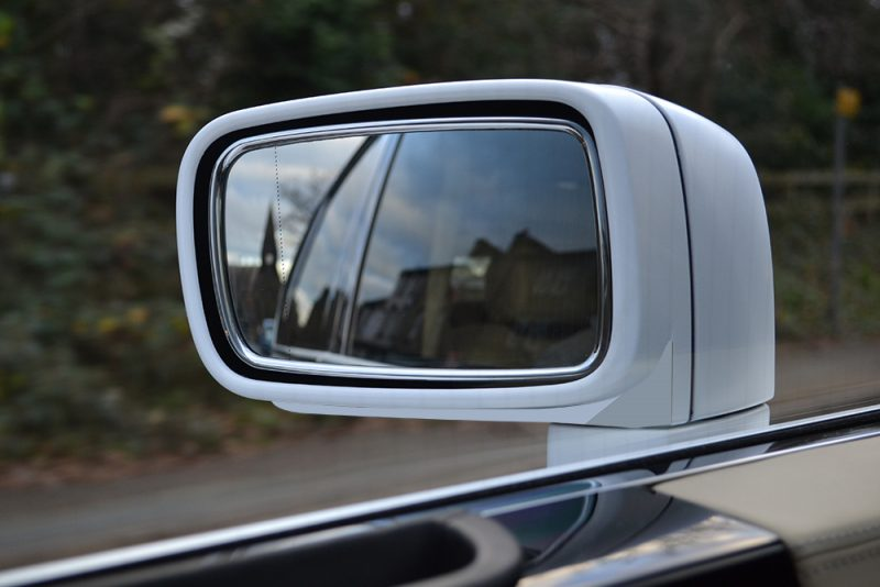 Rolls Royce Phantom Gloss-White Wrap Wingmirror Wrap