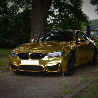 BMW M4 Chrome Gold Wrap Reforma Front
