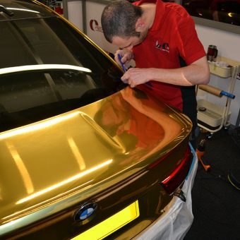 BMW M4 Gold Chrome Ben Trimming