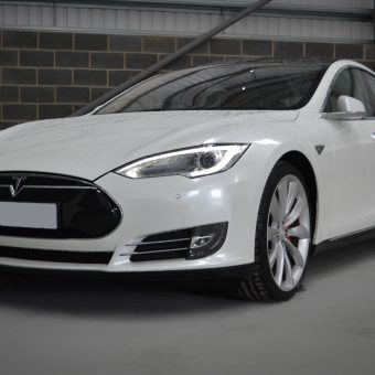 Tesla Model S Gloss Pearl White Front