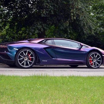 Lamborghini Aventador Wrapped-Avery-Supreme ColorFlow Rushing Riptide