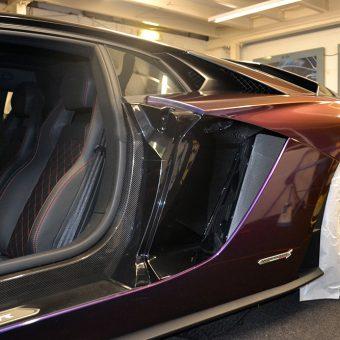 Lamborghini Aventador Wrapped ColorFlow During