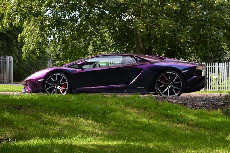 Lamborghini Aventador Wrapped ColorFlow Rushing Riptide Side