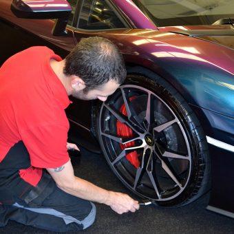 Lamborghini Aventador Wrapped ColorFlow Tyre Black