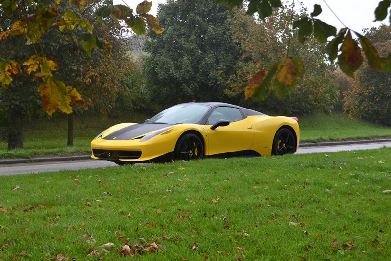 Ferrari 458 Yellow Roof Wrap Front