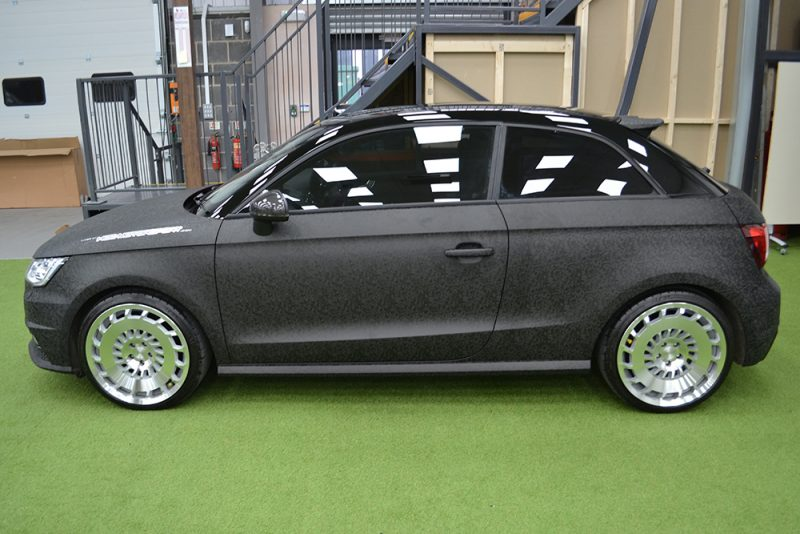 Audi A1 HCC Wrap 3M 1080 Shadow Black