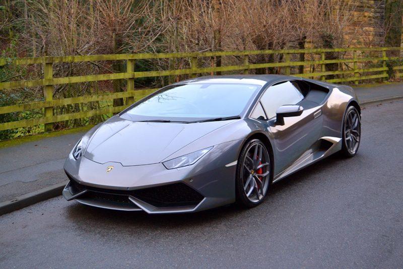 Lamborghini Huracan 3M Psychedelic Wrap Front
