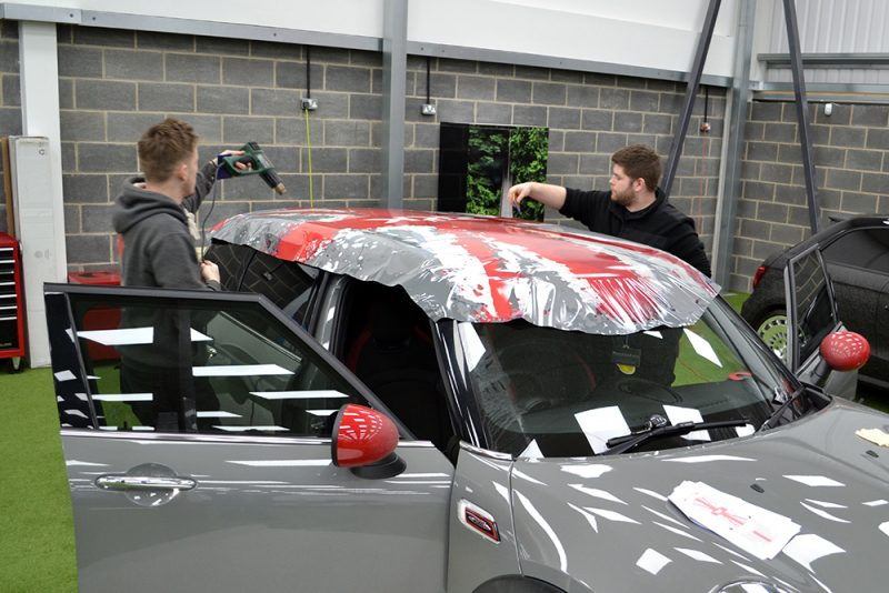 Mini Countryman Custom Roof Wrap Zak Kahn Fitting