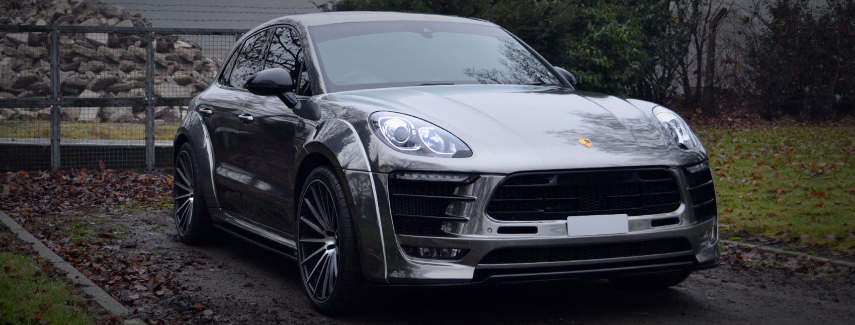 Porsche Macan Chrome Wrap Reforma UK Banner