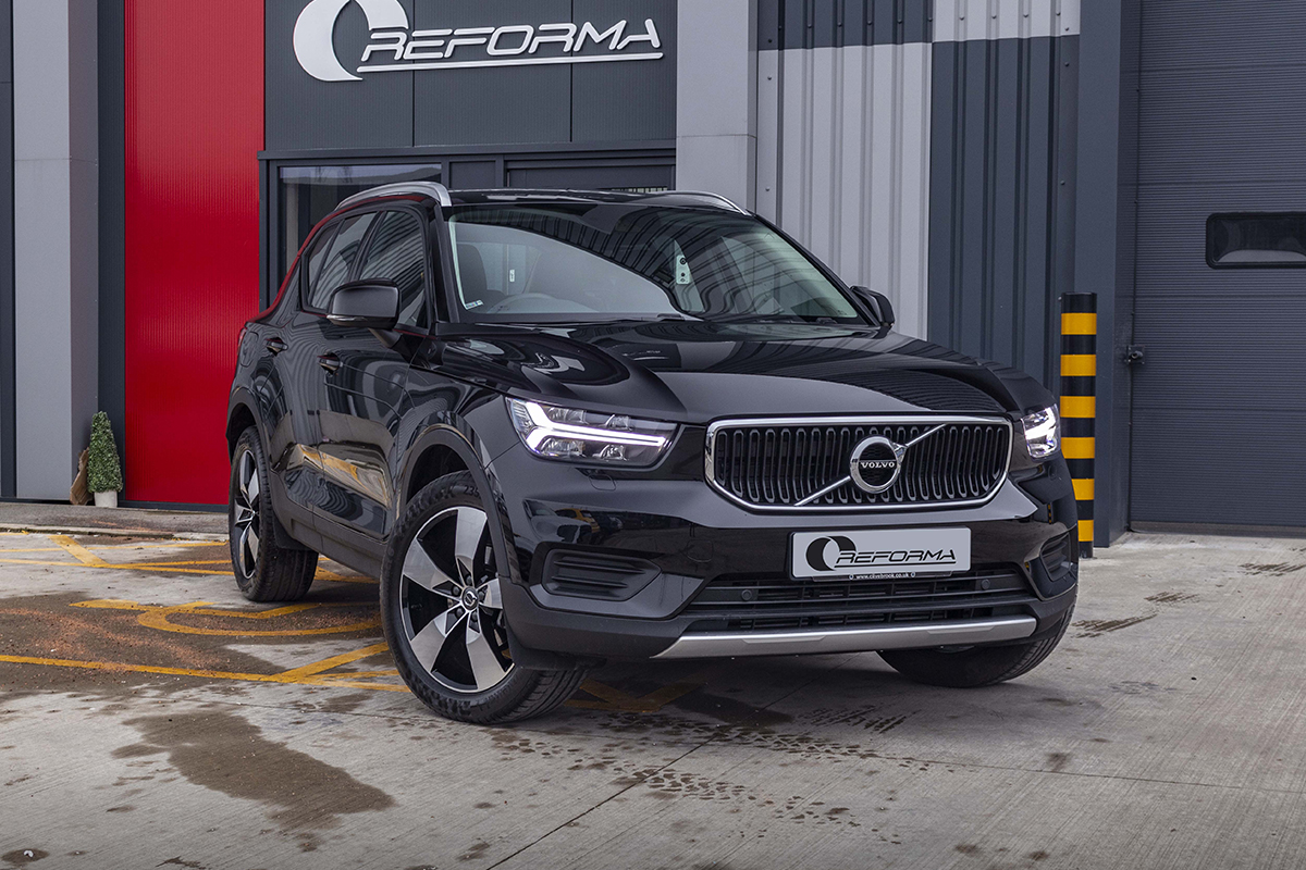 Volvo Xc40 Black Roof Reforma Uk