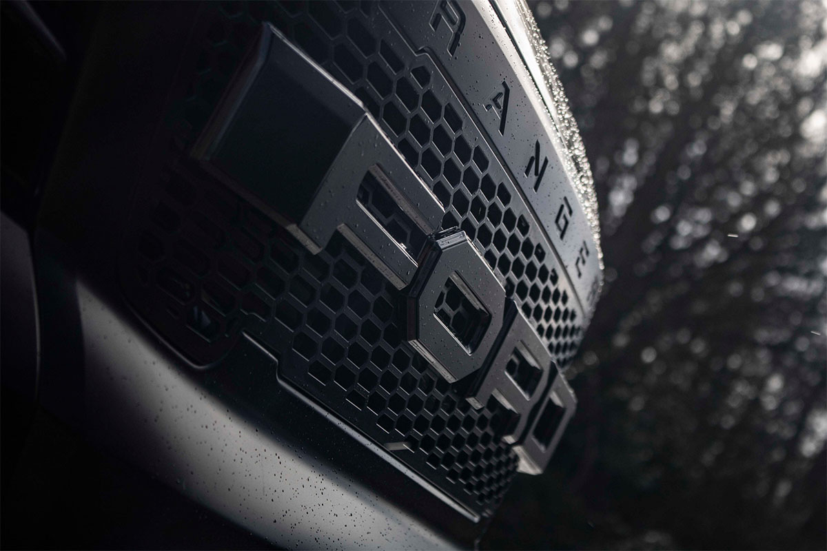 <h3></noscript>Front Grill With Ford Lettering</h3><p>Ford Ranger upgraded front grille in matte black, featuring a honeycomb mesh design, with bold Ford lettering.</p><h4>from <span>£95</span><br />inc. VAT</h4>