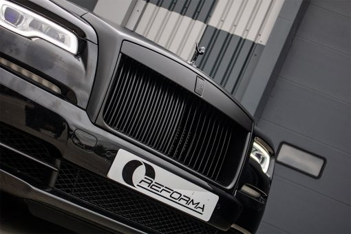 Rolls Royce Wraith Black Vehicle Wrap Front Grill